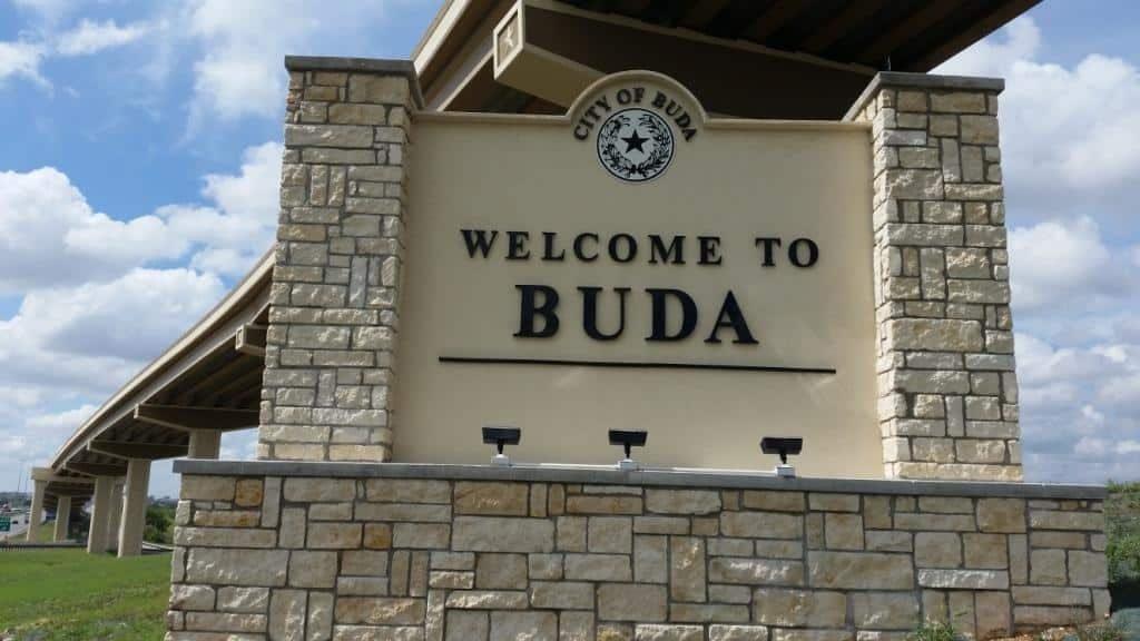 Buda Maid Services
